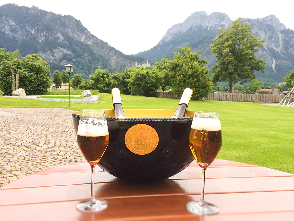 view-from-the-terrasse-next-to-the-brewery-luxury-beer-neuschwansteiner-doppio-tv-brewery-schwangau-edelmaerzen-07